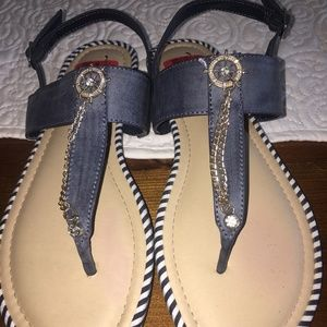 NWOT UNLISTED WHEEL STAND SANDALS SZ 7.5